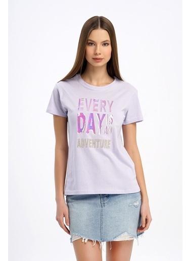 Nismia Hologram Baskılı Basic Tshirt Lila
